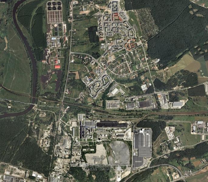 Компания яндекс постоянно совершенствует спутниковые карты, благодаря чему сегодня можно довольно детально рассмотреть спутниковые карты стран, областей и городов.
